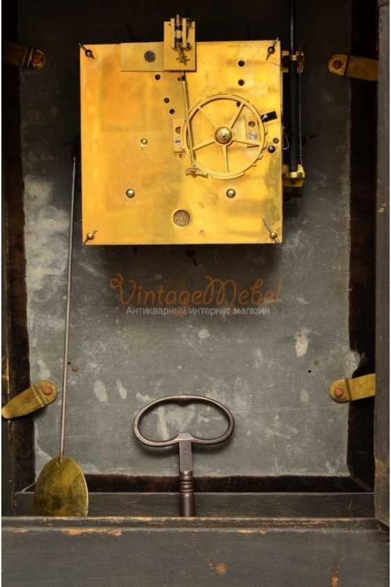 Wall clock 18th century. Bull - photo 2