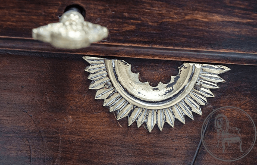 Antique chest of drawers - photo 3