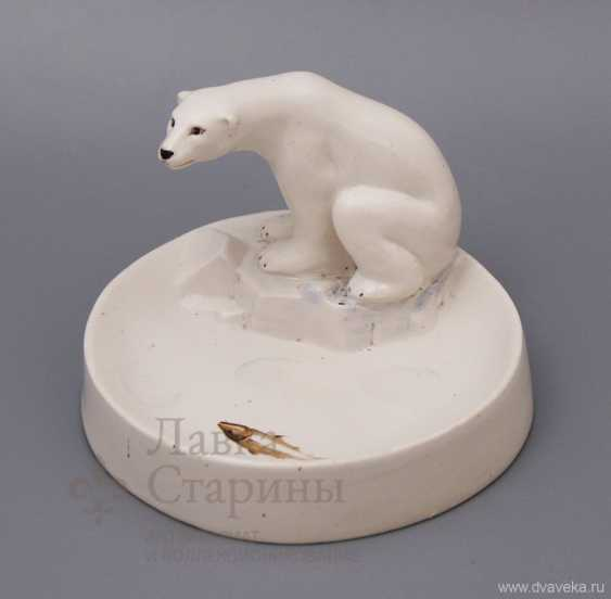 "Ashtray ""polar bear hunting"", porcelain, LFZ, the sculptor V. I. Blokhin - photo 1"