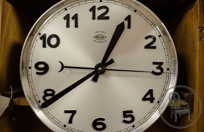 Antique clocks - photo 4