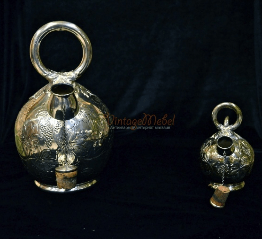 Antique silver teapots - photo 1
