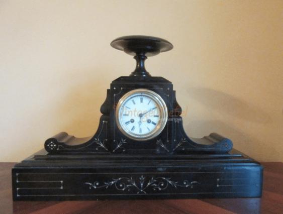 Mantel clock Napoleon III - photo 1