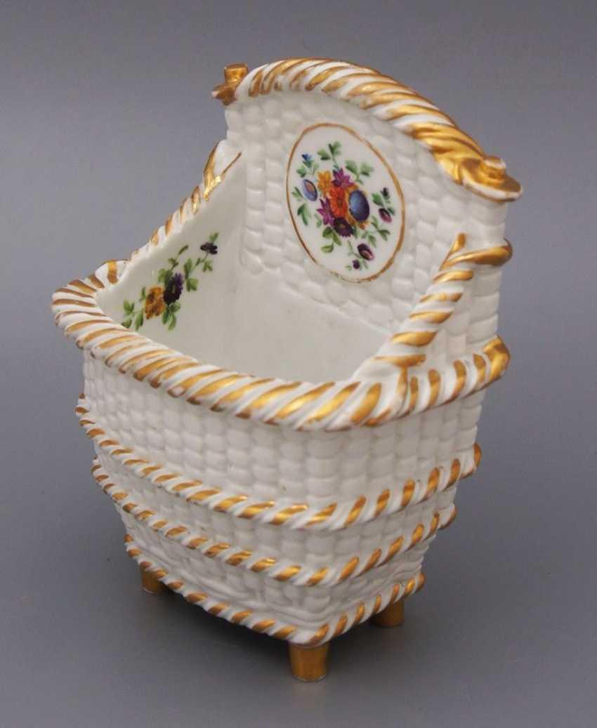 Фарфоровая салфетница «Корзинка», завод Гарднера, 1850-е годы - фото 2