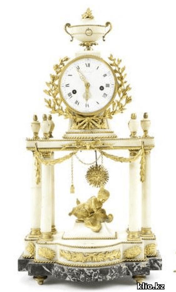 Mantel clocks end of XIX century - photo 1