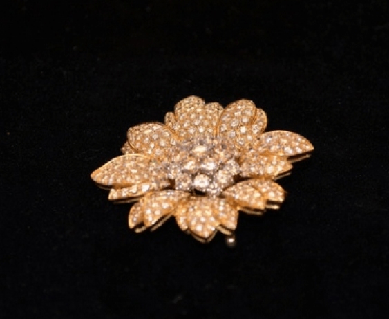 Vintage brooch with diamonds - photo 2