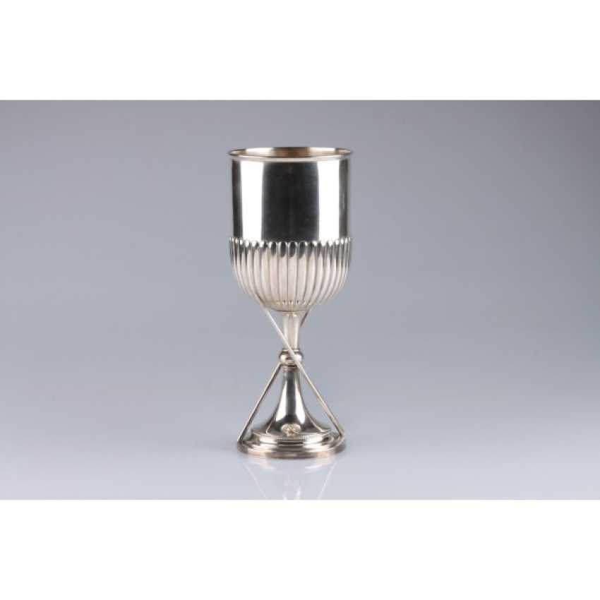 Cup with decoration in the form of a billiard cue and balls. England, London, 1893 Silver stamp. - photo 1