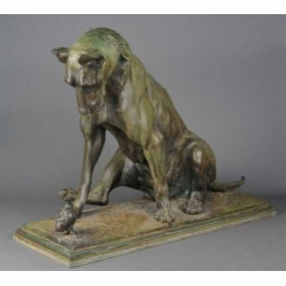 """THE SCULPTURE """"DOG WITH A CHICKEN."""" ITALY, AUTHOR ANTONIO AMORGASTI. - photo 1"""
