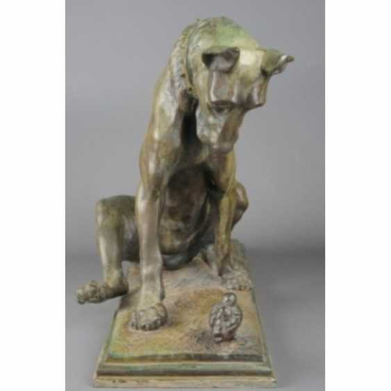 """THE SCULPTURE """"DOG WITH A CHICKEN."""" ITALY, AUTHOR ANTONIO AMORGASTI. - photo 3"""