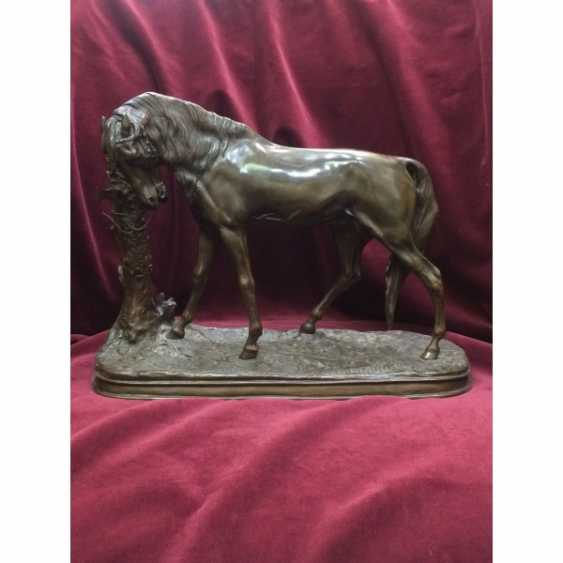 """SCULPTURE """"HORSE"""". FRANCE. THE AUTHOR OF THE MODEL. P. J. MENE. - photo 1"""