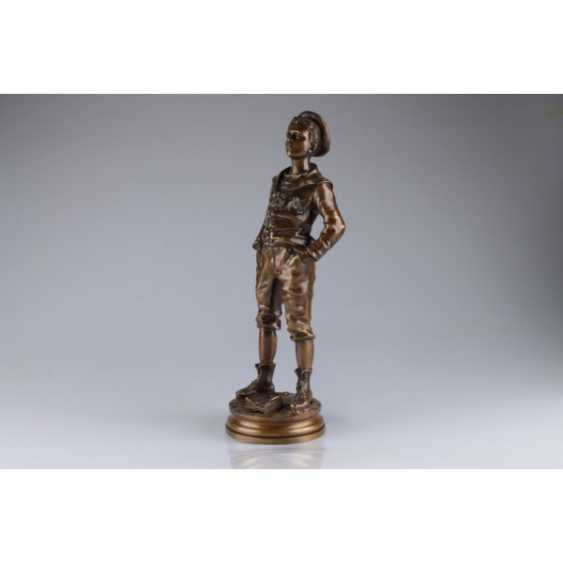"THE SCULPTURE ""THE STUDENT"". FRANCE, PARIS, LATE 19th Century BRONZE, CASTING, PATINA. - photo 2"