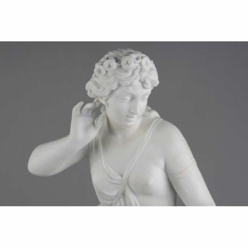 "THE SCULPTURE ""GIRL WITH BIRD NEST"". RUSSIA, IMPERIAL PORCELAIN FACTORY, MODEL AUGUST SPIES, CON. 19th Century - photo 5"