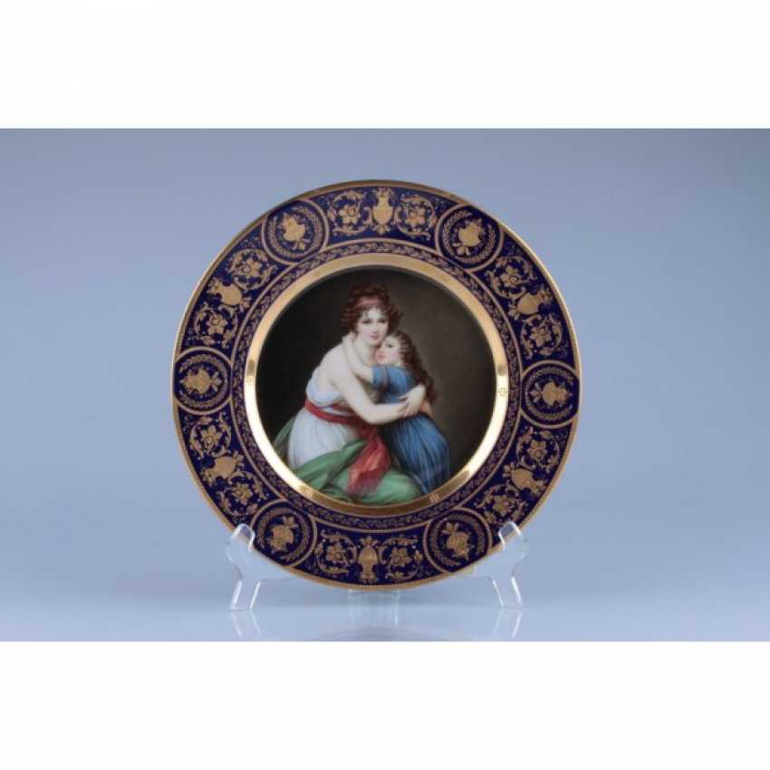 """PLATE WITH A PORTRAIT OF """"MAD. LEBRUN"""". - photo 1"""