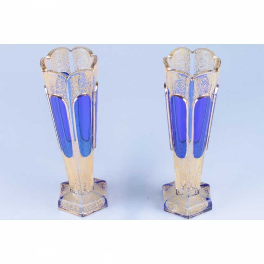 PAIR OF VASES WITH COBALT INSERTS. WESTERN EUROPE, 1 FLOOR. 20th Century GLASS. - photo 4