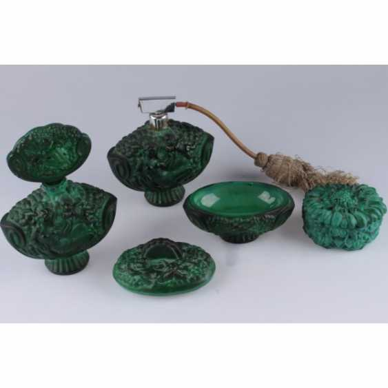 SET FOR THE LADIES ' (4 SUBJECTS).CZECH REPUBLIC, BOHEMIA, 1940-IES. COLORED GLASS (MALACHITE). - photo 3