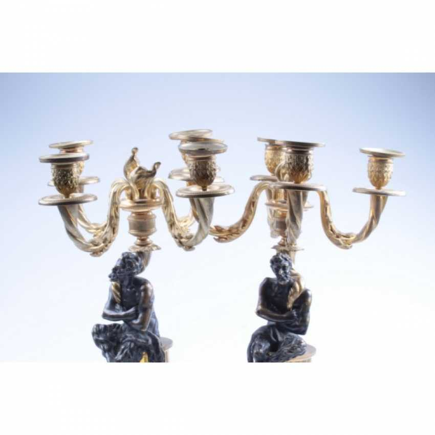 PAIR OF CANDELABRA WITH FIGURES OF FAUNS. RUSSIA, SAINT-PETERSBURG, FIRST. ODD. 19 Century BRONZE. EXAMINATION. - photo 2