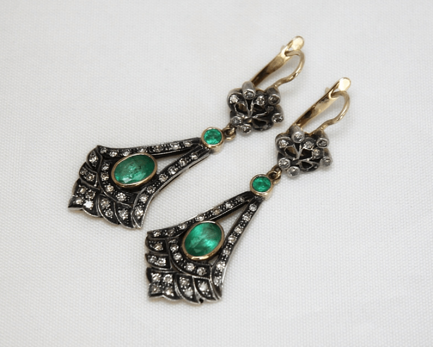 Earrings with emeralds and diamonds - photo 1