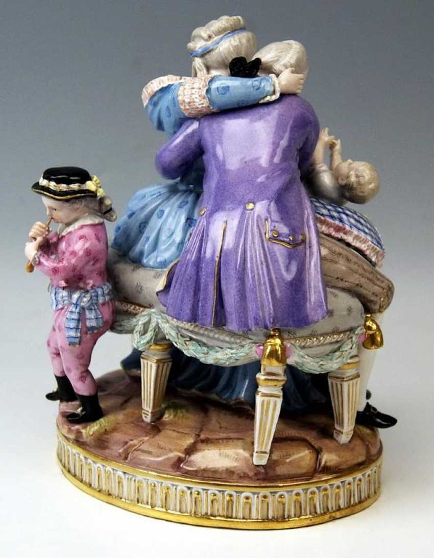 MEISSEN FIGURE GROUP: THE HAPPY PARENTS - photo 3