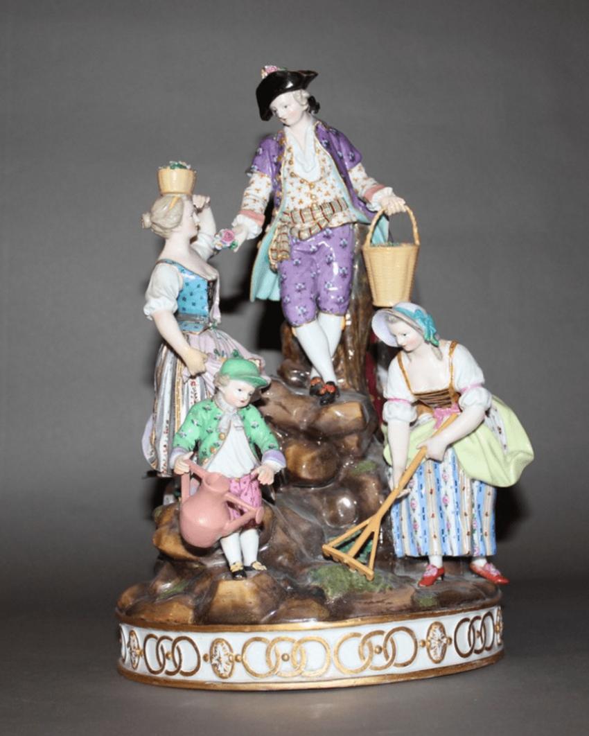 "The sculptural composition ""the Gardeners"" Lot: 1E-091М description: Meissen, Germany, mid-nineteenth century - photo 1"