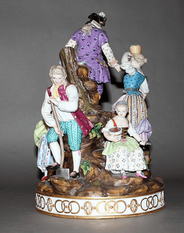 "The sculptural composition ""the Gardeners"" Lot: 1E-091М description: Meissen, Germany, mid-nineteenth century - photo 2"