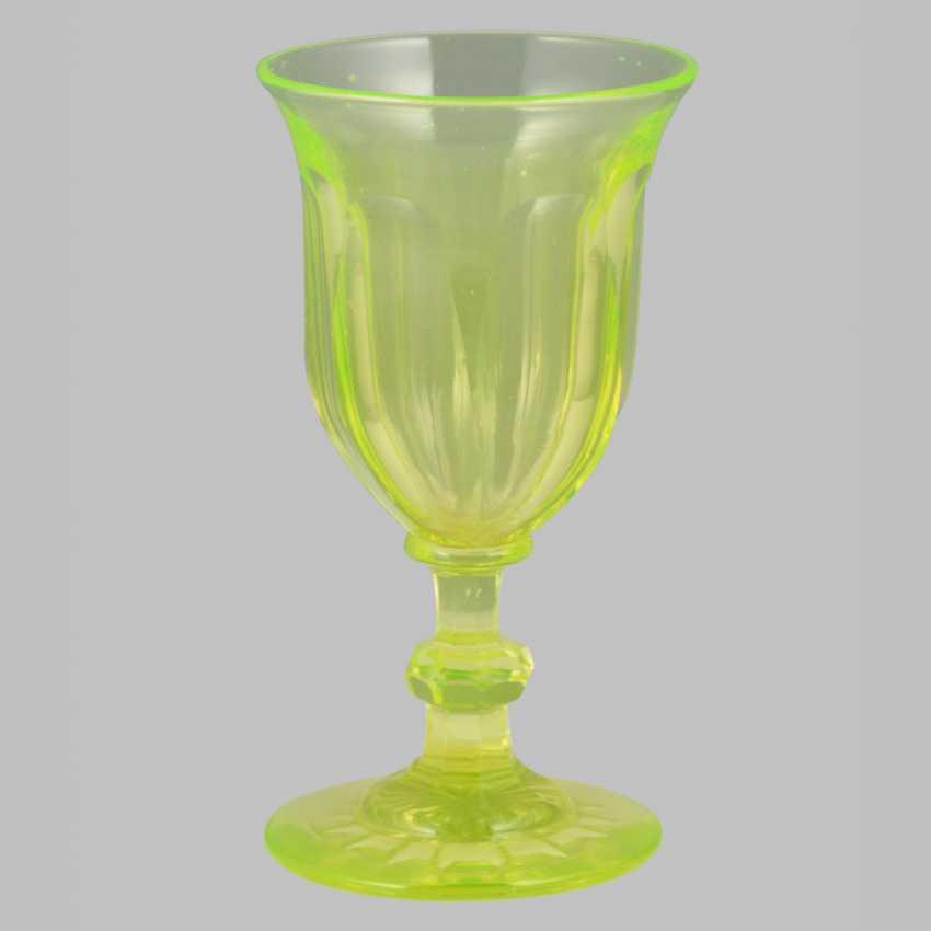 A set of uranium glass (10 glasses, 4 cups, 6 wine glasses) - photo 3