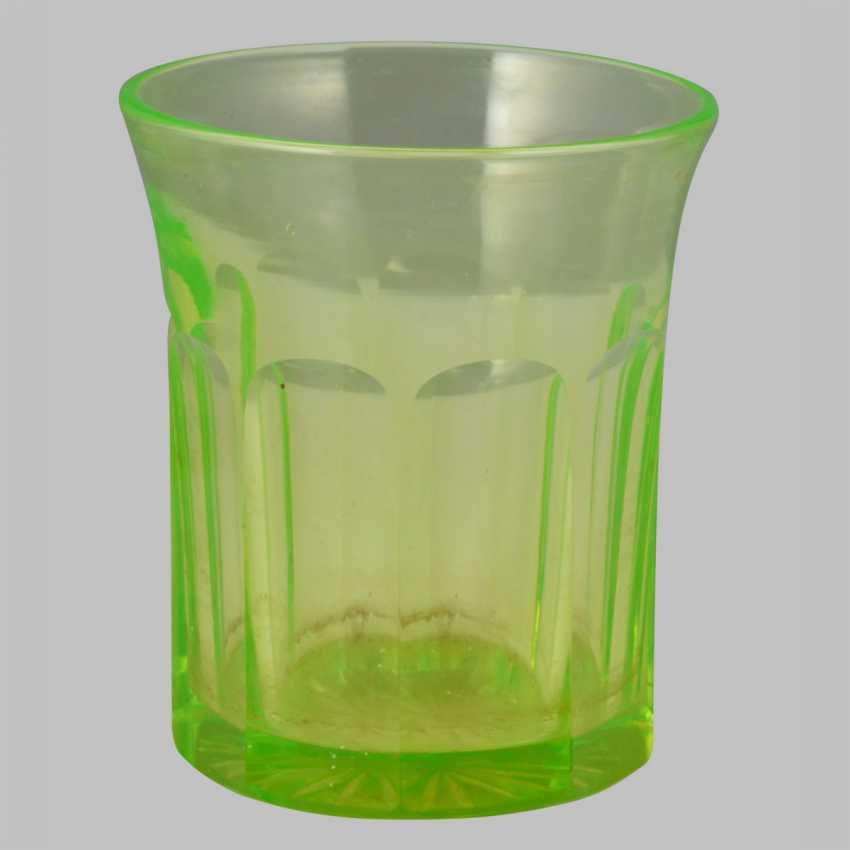A set of uranium glass (10 glasses, 4 cups, 6 wine glasses) - photo 4