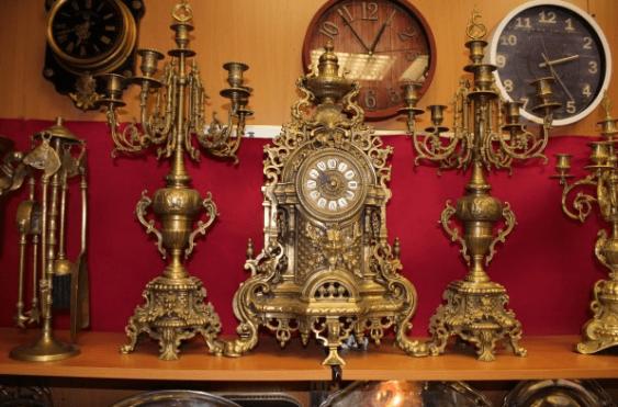 "mantel clock with 2 candelabra ""Phaeton"" - photo 1"