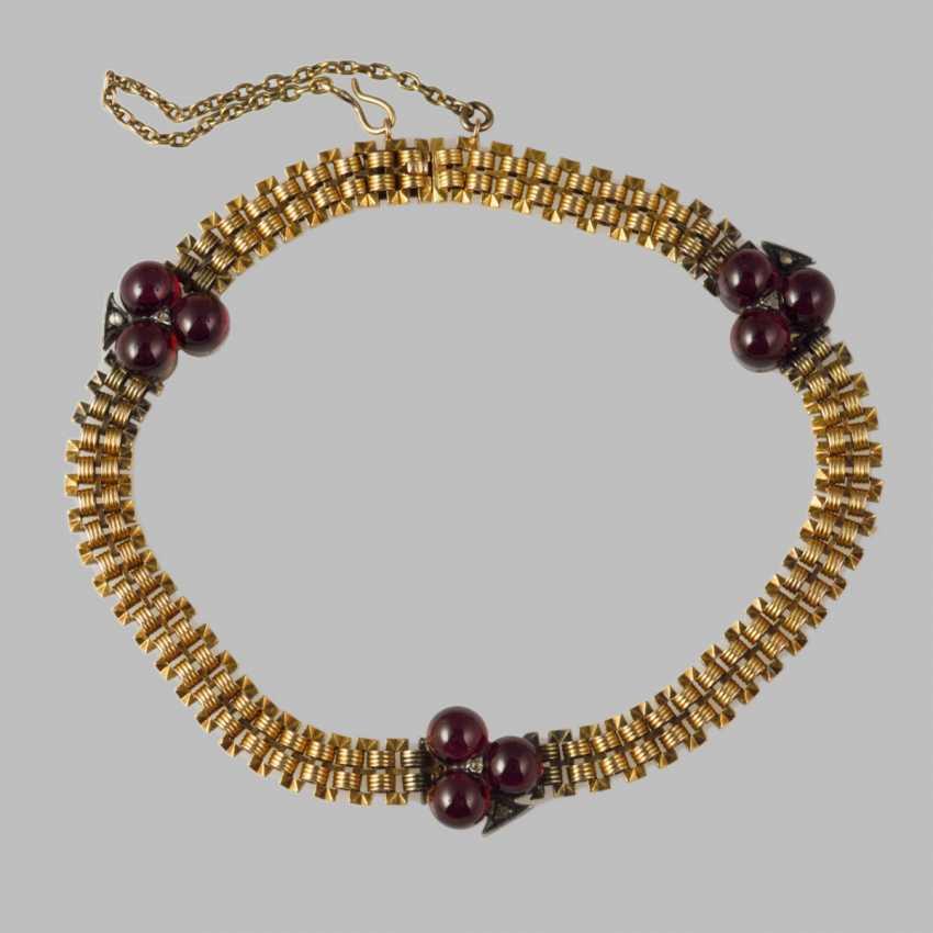 Bracelet with garnets - photo 1