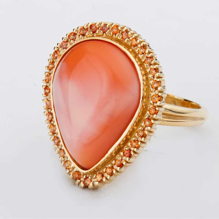 Ring with opal and sapphires - photo 1