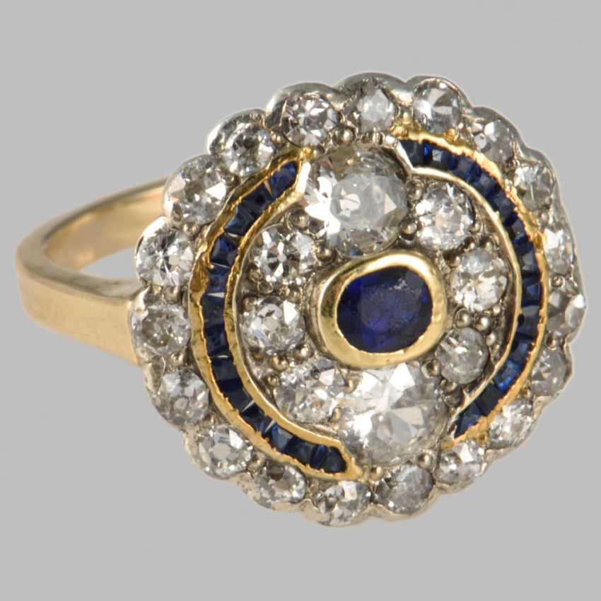 "Ring in the style of ""Art Deco"" with sapphires and diamonds - photo 1"