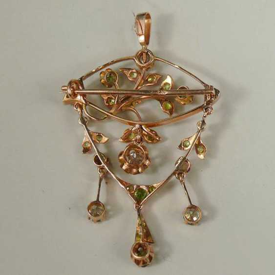 Brooch-pendant with diamonds and chrysolites - photo 2