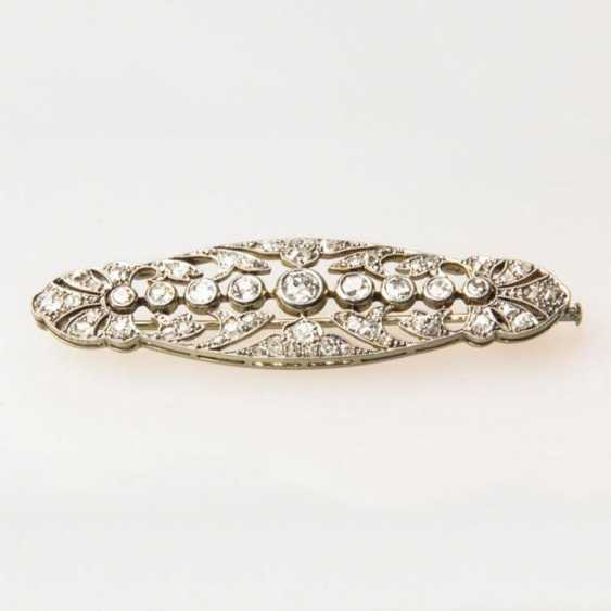 Brooch white gold with diamonds - photo 1