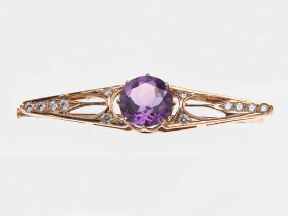 Brooch with amethyst and diamonds - photo 1