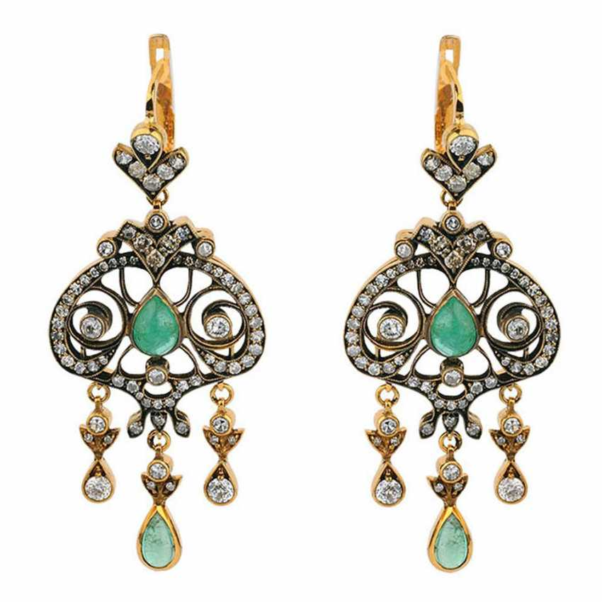 Pendant earrings with emeralds - photo 1