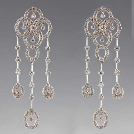 Pendant earrings in white gold with diamonds - photo 1