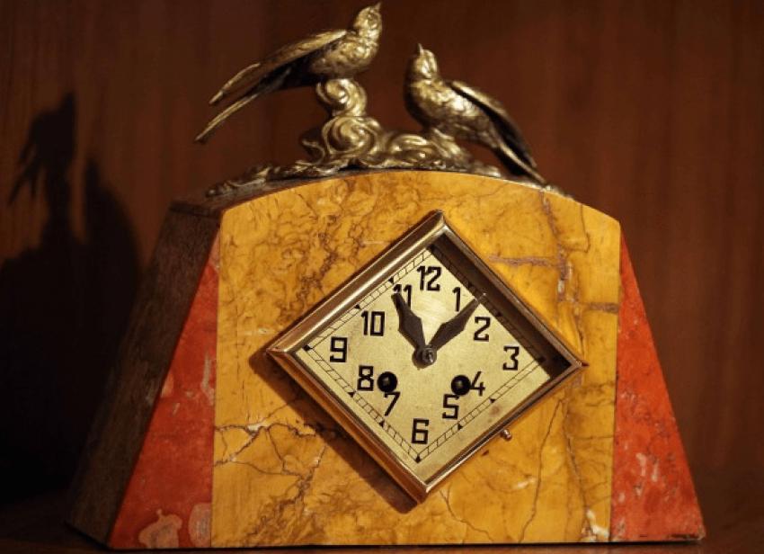 "watch ""the Birds"":the 20th century - photo 1"