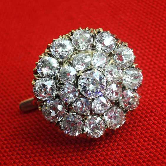 Серьги «малины» из золота с бриллиантами - фото 2