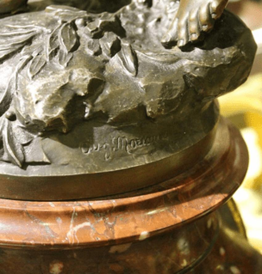 mantel clock with candelabras - photo 2