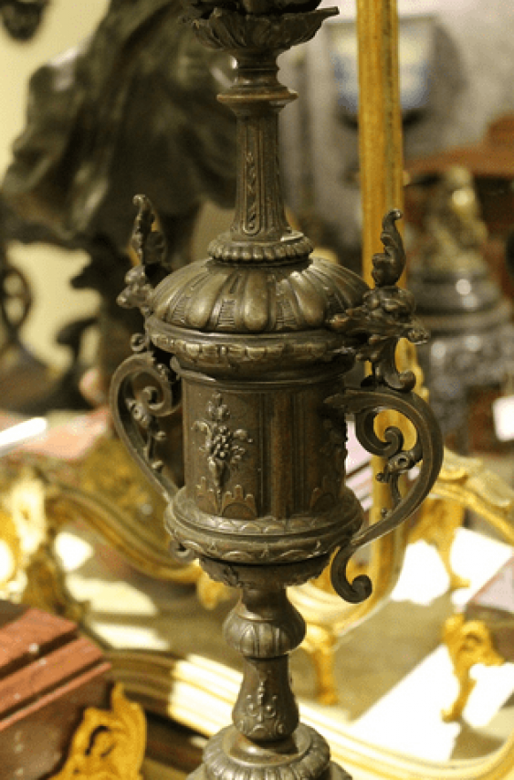 mantel clock with candelabras - photo 3