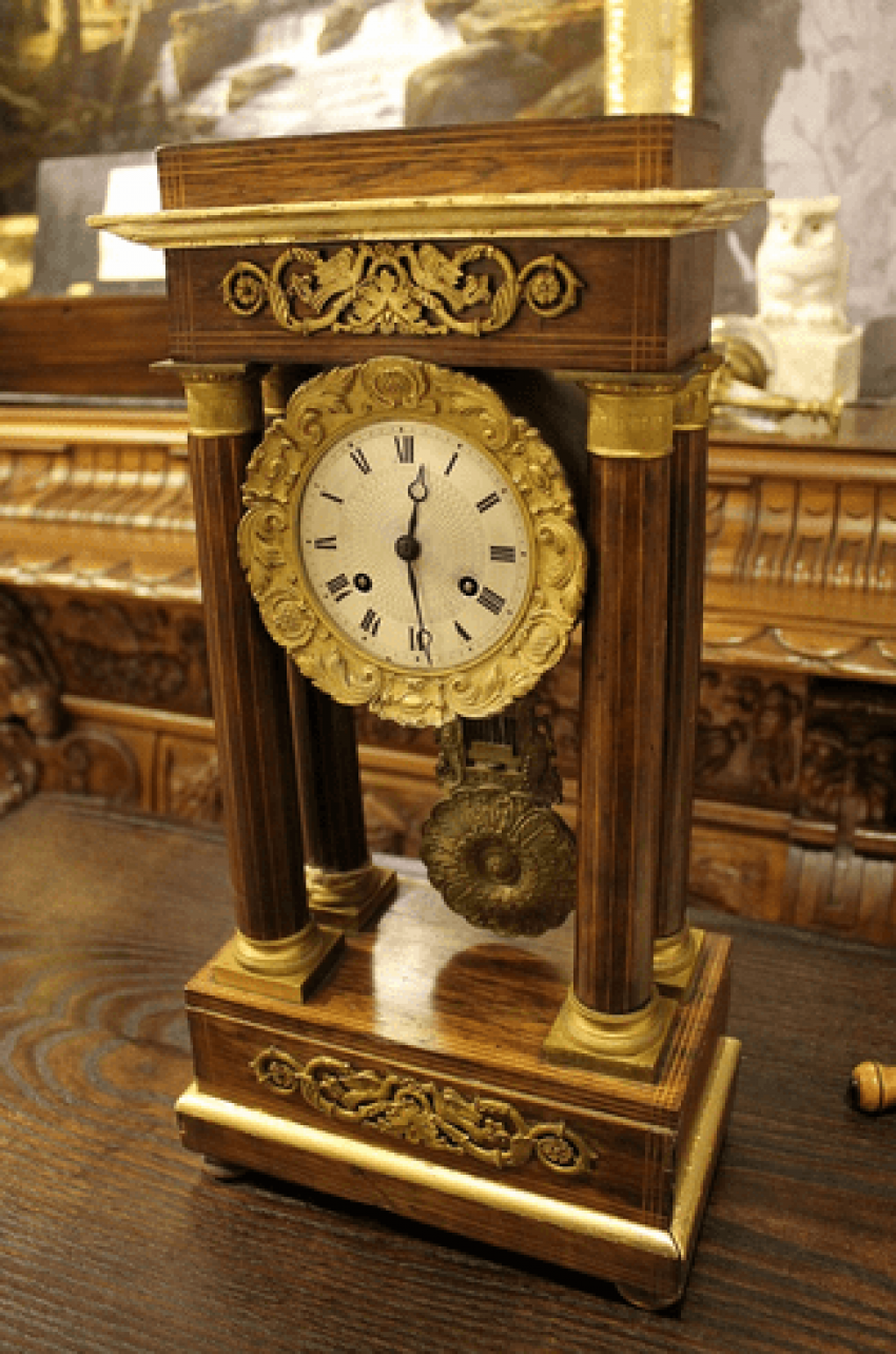 Mantel clock in the Empire style - photo 1