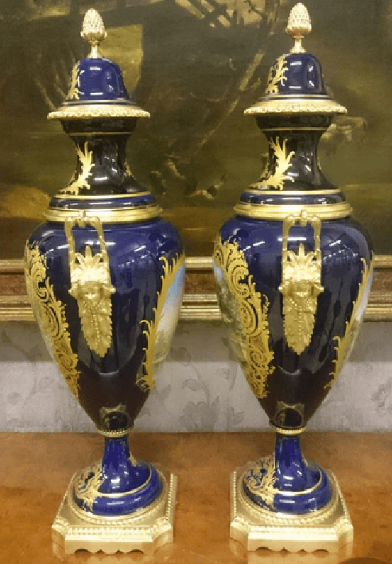 Pair of French vases 19th century - photo 3