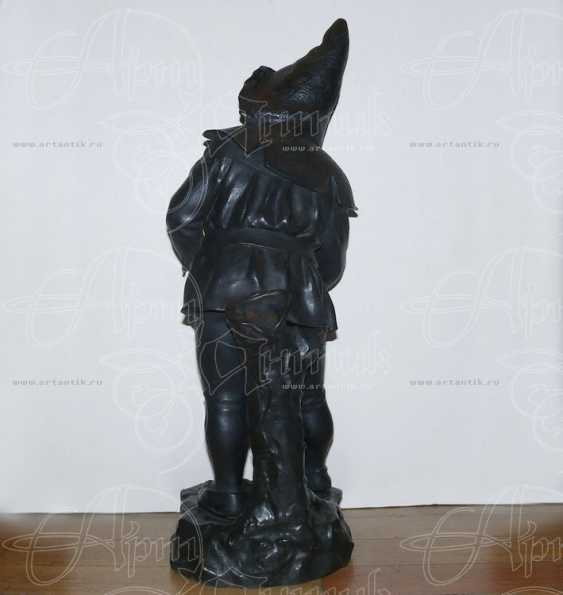 "The sculpture ""Gnome-photographer"" - photo 2"