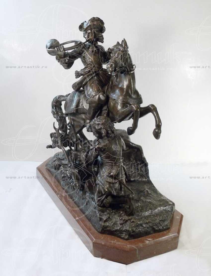 "The sculpture ""Royal hunt"" - photo 2"