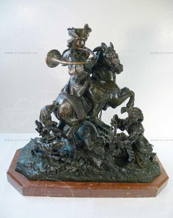 "The sculpture ""Royal hunt"" - photo 3"
