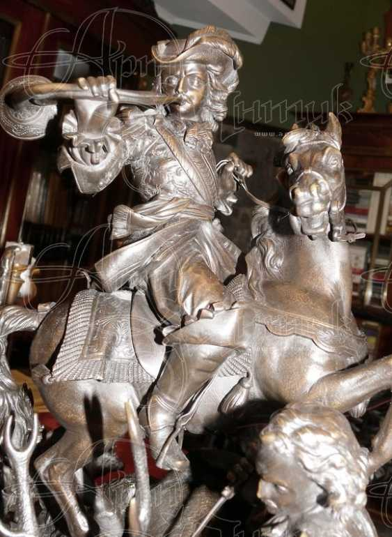 "The sculpture ""Royal hunt"" - photo 4"