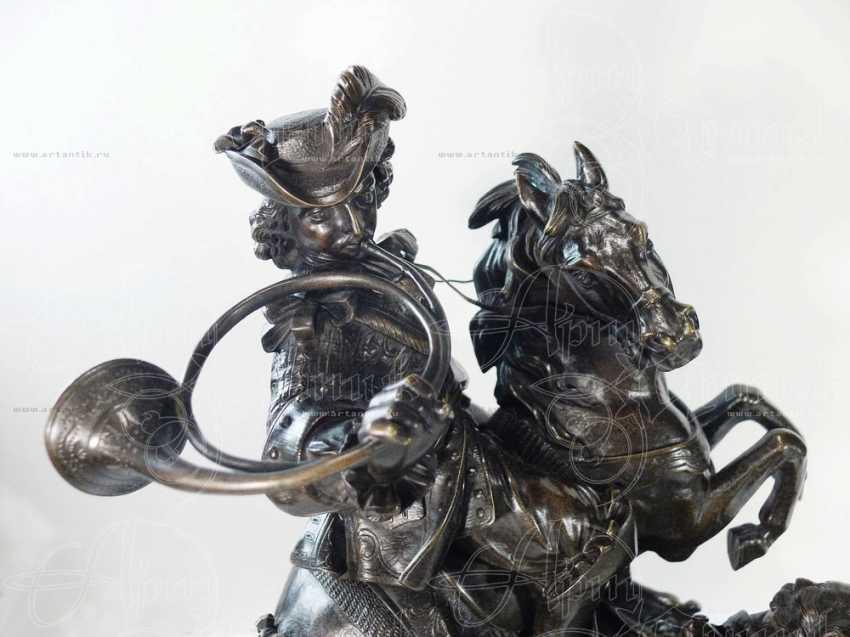 "The sculpture ""Royal hunt"" - photo 6"