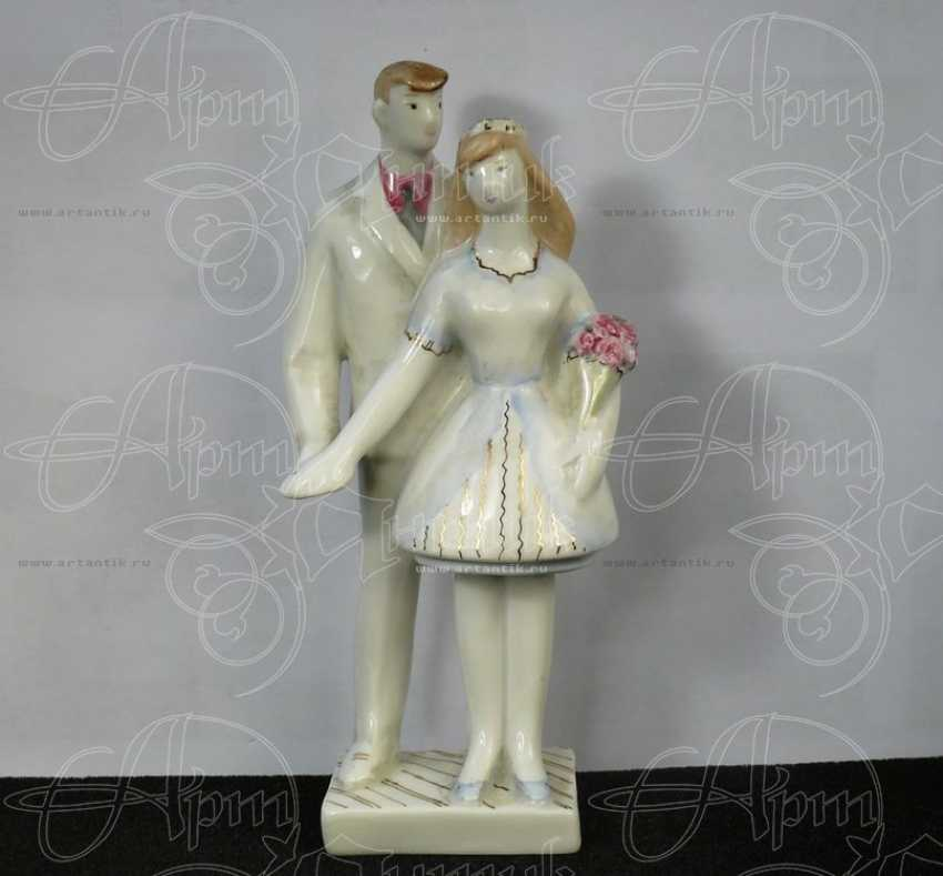 "Figurine ""Newly-Weds"" - photo 1"