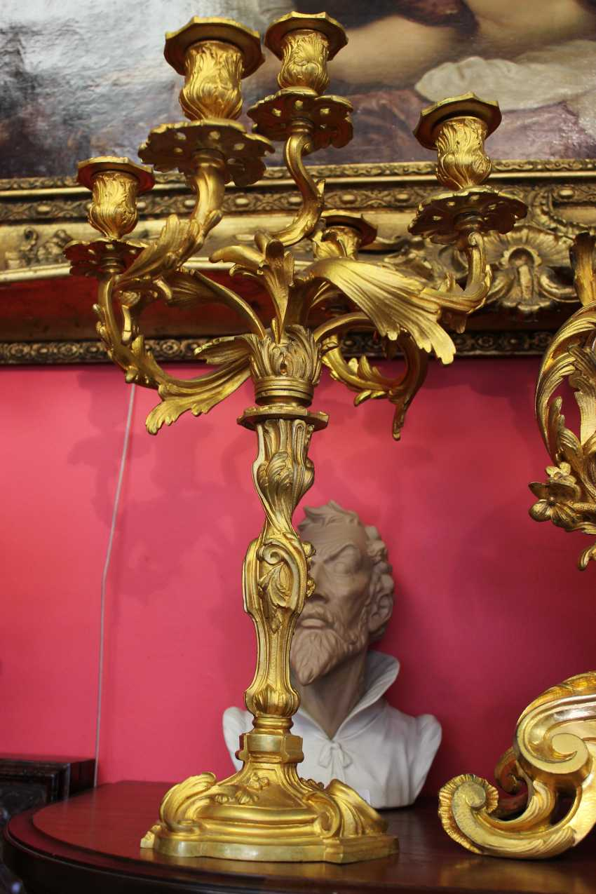 Mantel clock and pair of candelabra in the Baroque style, XIX century - photo 2