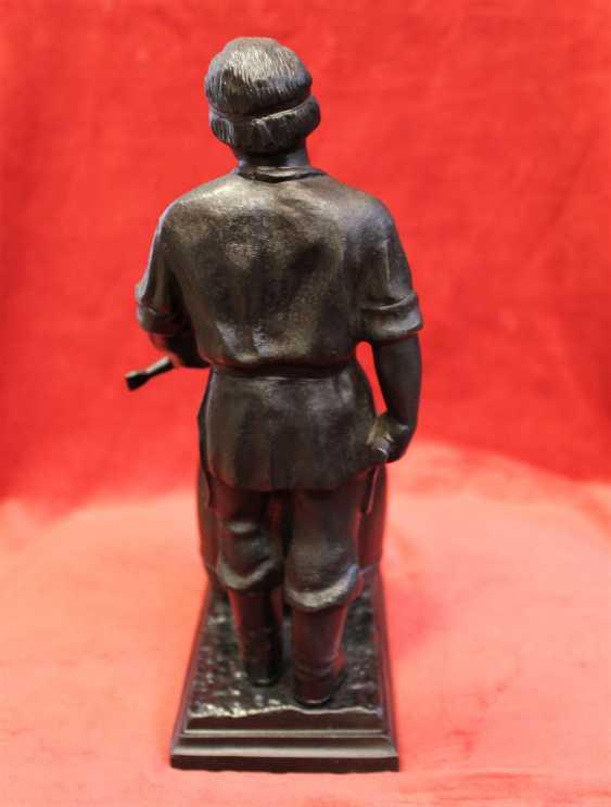 "Figurine-pencil holder ""Cooper"", Kusa. - photo 4"