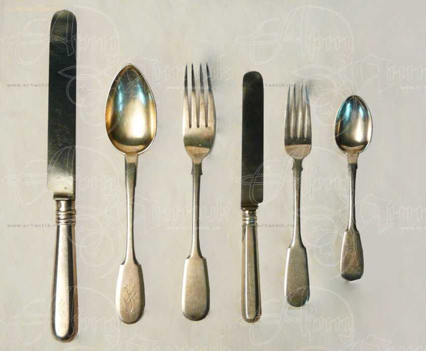 A set of Cutlery for three persons - photo 1