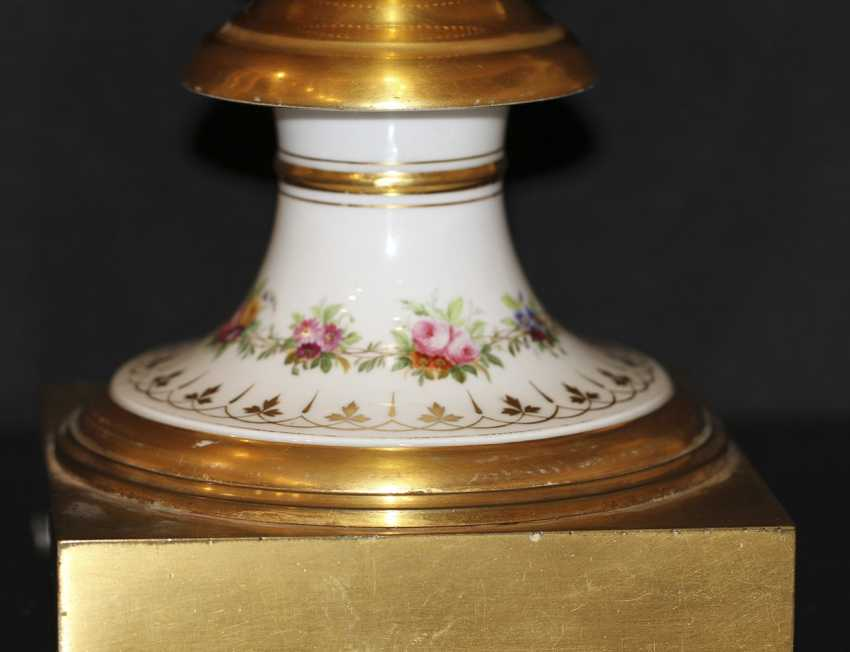 Vase with miniature. The Imperial porcelain factory - photo 3